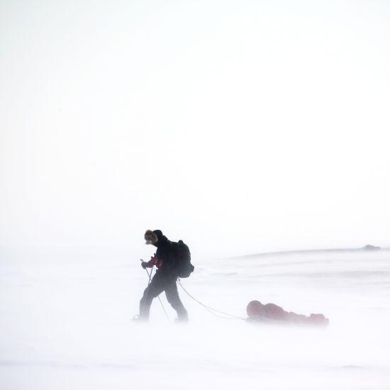 zimni krajina sam clovek