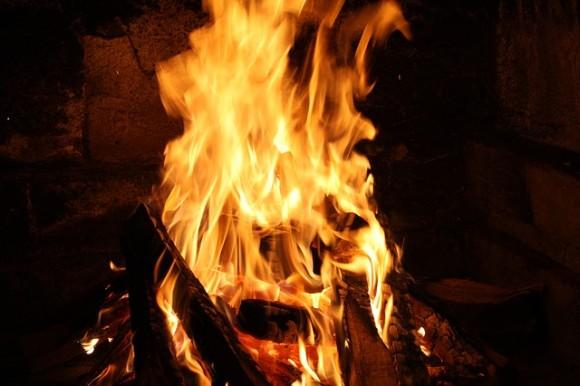 fire-802566_640