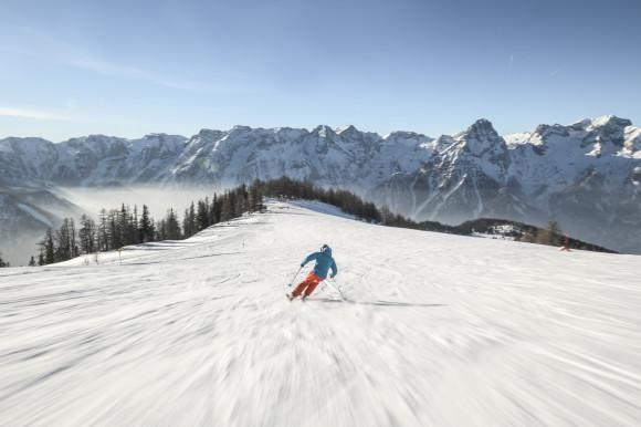 Hinterstoder_Piste_Schnee_Berge_©Oberoesterreich Tourismus GmbH_David Lugmayr