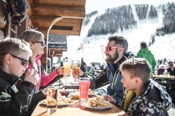 Pyhrn Priel_Winter_Hinterstoder_Kulinarik_Oberoesterreich Tourismus GmbH_Moritz Ablinger (1)