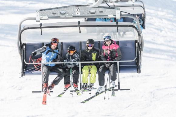 Pyhrn Priel_Winter_Hinterstoder_Skifahren_Familie_Oberoesterreich Tourismus GmbH_Moritz Ablinger (1)