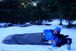 Pozor: toto není foto ze záchranné akce HS, ale ze zimního bivakování v Orlických horách v bundě Protector 5.0.
