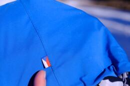 Japonský materiál v kombinaci s českým designem a prací českých rukou = lokální produkt ze Šumavy.